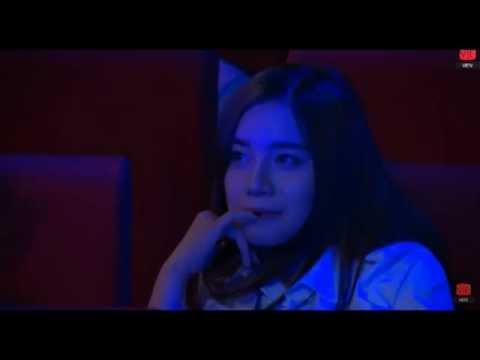 Bạn gái QTV xuất hiện trong giải vô địch đông nam á gây náo loạn hội trường - Thời lượng: 0:40.