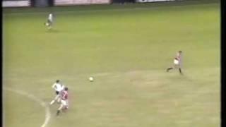 Gary Linekers Weitschuss gegen Manchester United