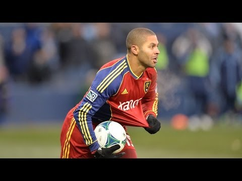 Video: Alvaro Saborio opening goal at 2013 MLS Cup