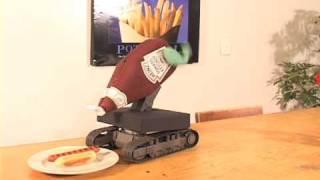 Забавные роботы с кетчупом