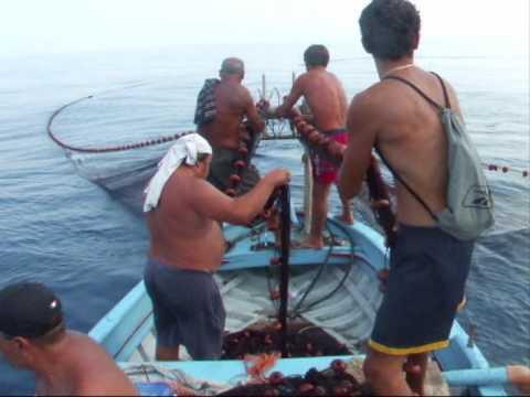 roccalumera (me): pesca al capone!