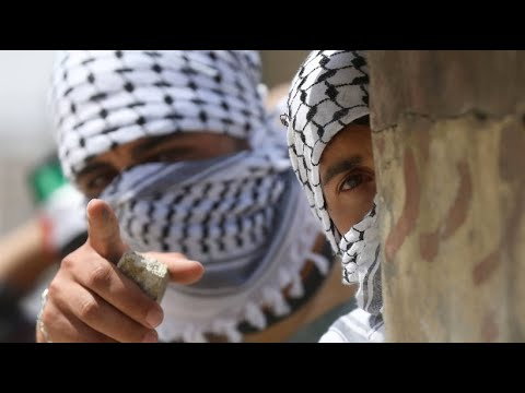 Jubel und Wut: Botschaft in Jerusalem eröffnet