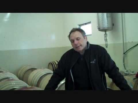 Von der Rebe zum Wein - Teil 16 Ausbau im Holzfass