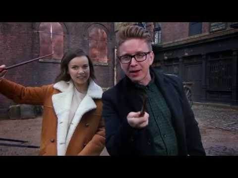 Fantastic Beasts and Where to Find Them (Featurette 'Wand Training')