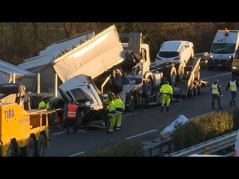 Τραγωδία σε αυτοκινητόδρομο της Β.Ιταλίας
