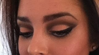Exotic makeup: Peach Cut Crease