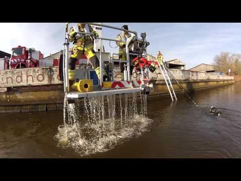 Duiken bij de brandweer: film van een oefening