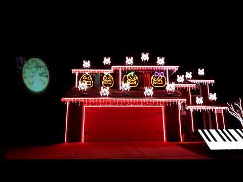 Вы должны это увидеть! Зрелищное световое шоу на доме в Калифорнии