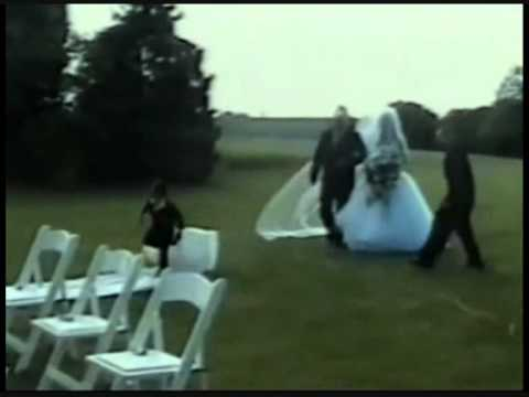 FUNNY WEDDING FAILS 1