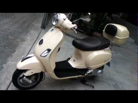 2011 Vespa LX150 ie
