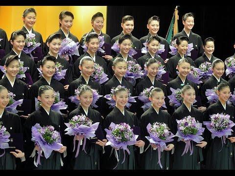 宝塚音楽学校、102期生が卒業