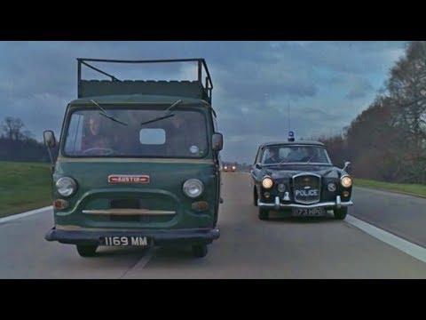 Inseguimento car chase - Il lungo Coltello di Londra 1966