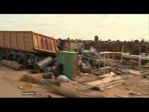 South sudan - Rebel gunmen carried out attacks in Bentiu after capturing the town from government control. The UN has said that at least 200 people have been killed. Subscribe to our channel http://bit.ly/AJSub...