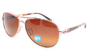 Buy them here : https://goo.gl/sSZkDVClose look at the Oakley Tie Breaker OO4108-04 Rose Gold Polarized sunglasses.Connect with usWebsite :  www.eyeheartshades.comFacebook : https://www.facebook.com/eyeheartshadesTwitter : https://twitter.com/eyeheartshadesInstagram : https://www.instagram.com/eyeheartshades/Pinterest : https://www.pinterest.com/eyeheartshades/Google Plus : https://plus.google.com/+EyeHeartShades/posts