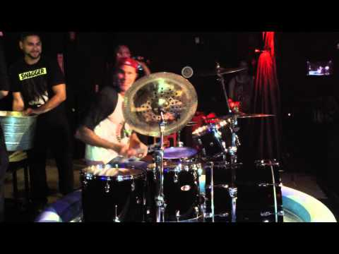 Calls - After the Bombastic Meatbats show on August 31, 2014 in Long Beach, CA at the Gaslamp, Chad Smith of the Red Hot Chili Peppers and Chickenfoot accepts Joe Satrani's ALS ice bucket challenge...