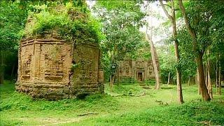 """UNESCO Dünya Mirası Listesi'nin son değerlerinden Kamboçya'da bulunan Sambor Prei Kuk tapınak bölgesi ziyaretçi akınına uğruyor.   Geçtiğimiz günlerde Dünya Miras Komitesi'nin yıllık toplantısında koruma altına alınan bölgenin yetkililerinden Sem Norm, karardan memnun olduklarını belirtiyor:""""Atalarımızdan bize miras kalan bu bölgenin korum altına alınması harika. Umarız, Kamboçya bu durumdan faydalanabilir. Milli bir yarar sağlayabiliriz. Bu bölgenin korunması gelecek nesillere bırakacağımı…İLGILI HABERLER: http://tr.euronews.com/2017/07/16/kambocyanin-tapinaklari-ziyaretci-akinina-ugruyoreuronews: Avrupa'nın en çok izlenen haber kanalı.Üye ol! http://www.youtube.com/subscription_center?add_user=euronewstreuronews şimdi 13 ayrı dilde: https://www.youtube.com/user/euronewsnetwork/channelsTürkçe: Web sayfası: http://tr.euronews.com/Facebook: https://www.facebook.com/euronews.trTwitter: http://twitter.com/euronews_tr"""