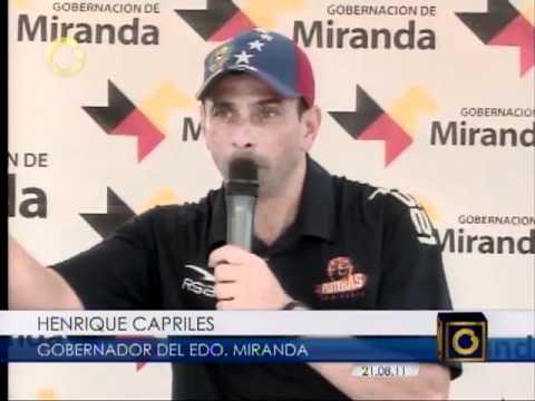 Capriles imitando a Chavez.mp4