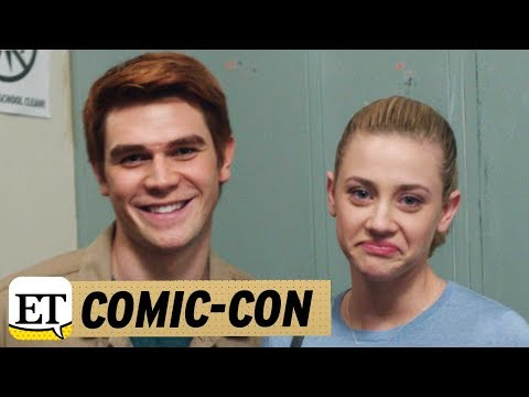 EXCLUSIVE: The Riverdale Cast Can't Stop Laughing in This Epic Season 1 Gag Reel!