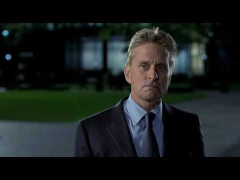 MICHAEL DOUGLAS AND ROBIN TUNNEY - The In-Laws (2003)