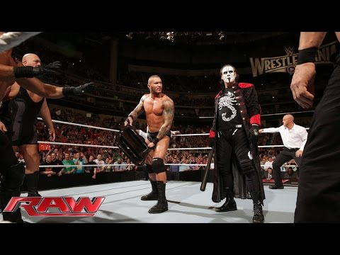 Sting and the Viper clean house: Raw, March 16, 2015 видео
