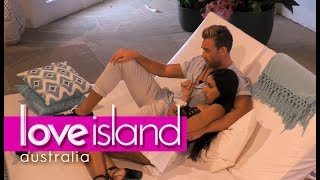 Video Josh makes a move on Amelia | Love Island Australia 2018 MP3, 3GP, MP4, WEBM, AVI, FLV Juni 2018