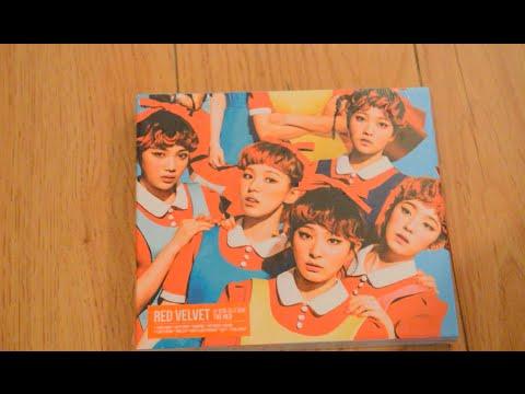 ♡Unboxing Red Velvet 레드벨벳 1st Studio Album The Red 더 레드♡ (видео)