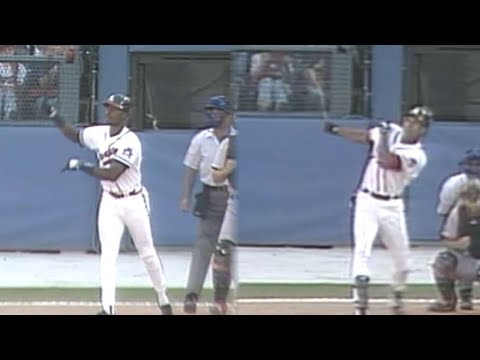 Video: McGriff, Justice hit back-to-back jacks in '95