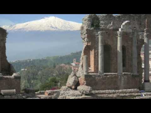 10 Earth's Most Spectacular Places – Mount Etna – Sicily – italy