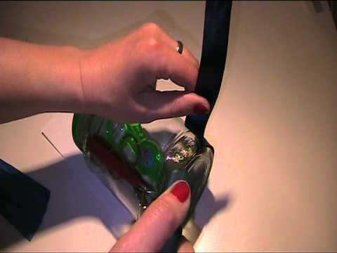 Gurkenglas mit Bändern bekleben Bastelvideo
