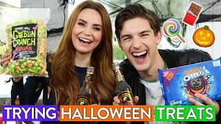 Video Trying Halloween Candy w/ MatPat! MP3, 3GP, MP4, WEBM, AVI, FLV Oktober 2018
