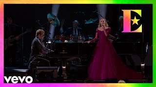 Video Elton John, Miley Cyrus - Tiny Dancer (LIVE From The 60th GRAMMYs ®) MP3, 3GP, MP4, WEBM, AVI, FLV Oktober 2018