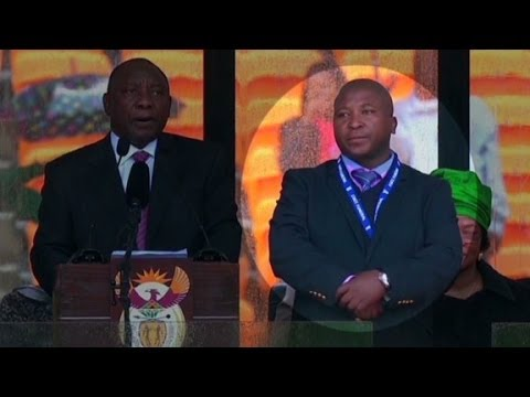 Was the Mandela memorial interpreter a fake%3F