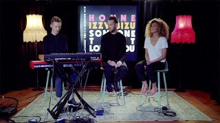 Video HONNE & Izzy Bizu - Someone That Loves You (Late Night Version) MP3, 3GP, MP4, WEBM, AVI, FLV Agustus 2018