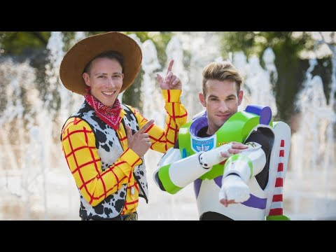 Disneybounding Couple Wows Wedding Guests With Woody And Buzz Lightyear Costumes