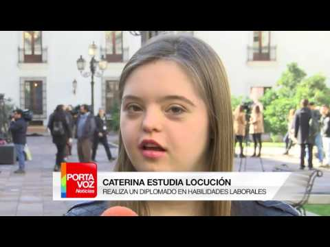 Ver vídeoProfesionales con Síndrome de Down fueron recibidos por la Presidenta Bachelet