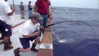 Video Red Rooster 3 - Rob's yellowfin tuna 113.8lb - Full video MP3, 3GP, MP4, WEBM, AVI, FLV Agustus 2017