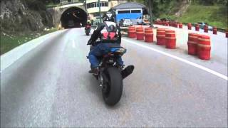 Video Triumph Street Triple R chasing... faster bikes (S1000RR , ZX10R & MT09) MP3, 3GP, MP4, WEBM, AVI, FLV Juli 2019