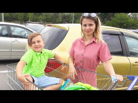 Color challenge Alex in Supermarket
