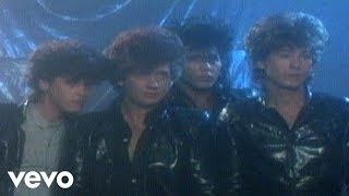 The Romantics - Talking In Your Sleep videoklipp