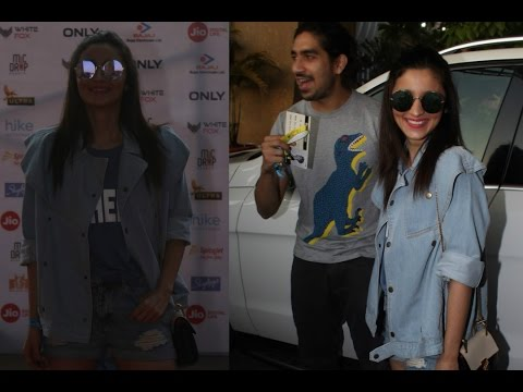 Alia Bhatt & Ayan Mukerji At Justin Bieber Purpose World Tour Concert