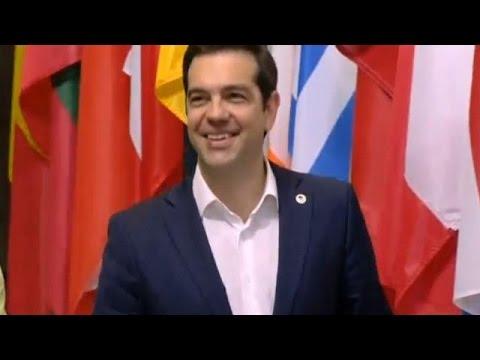Αυστηρές δηλώσεις- τελεσίγραφο για την Ελλάδα από Τουσκ και Γιούνκερ