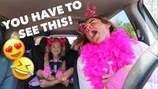 4-latka błaga tatę o włączenie radia – gdy spełnia jej prośbę, cały internet wybucha śmiechem!
