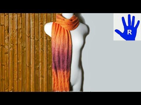Stricken – Schal im Ajourmuster mit Streifen aus Ocean von Pro Lana