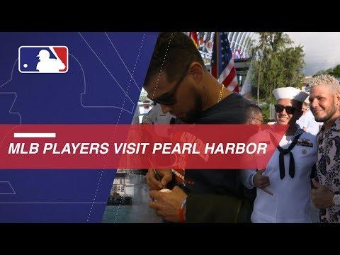Video: MLB players visit Pearl Harbor before Japan Series