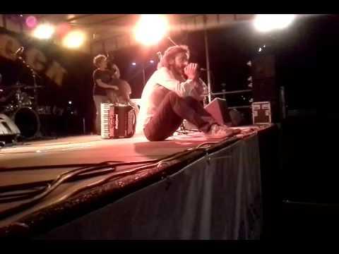 Sulutumana-Live ad Albese per presentare il nuovo doppio Cd