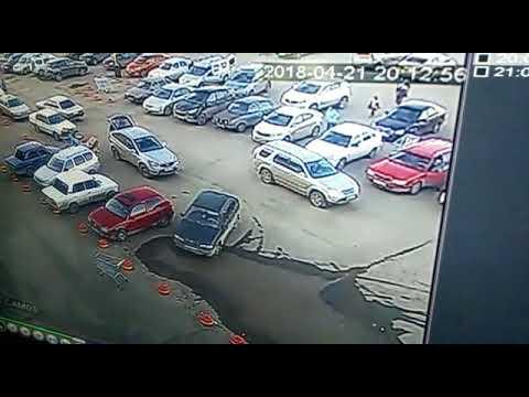 Авария с пешеходом в Уральске