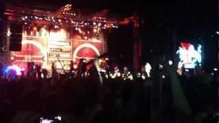 15 Korrik 2012, Prishtinë: Unikkatil Ft. Jeton - Mos Shaj Mas Shpine (Shota Remix) LIVE HD