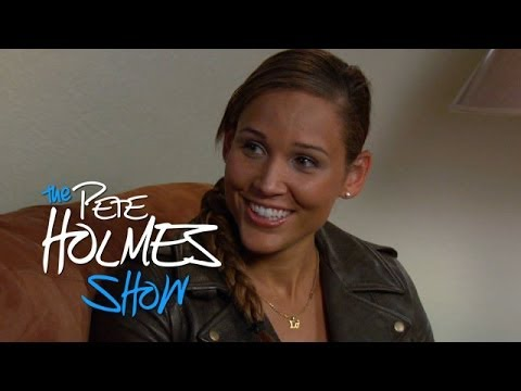 lolo jones - Track and field star Lolo Jones talks about bobsledding (her new sport), virginity and awkward interactions with Pete.More Pete and Crew @ http://peteholmes....