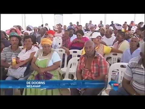 Plaaswerkers eis antwoorde / Farm workers demand answers