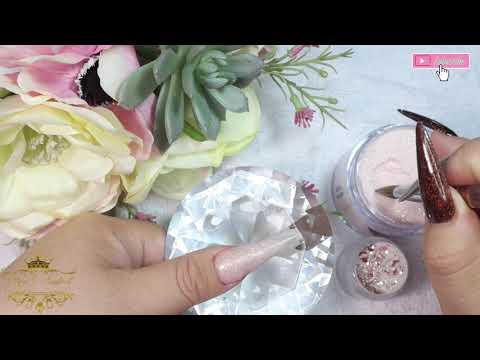 Uñas acrilicas - Diseño Con Nude de Valentino y Glitter Rose Gold de Fantasy Nails